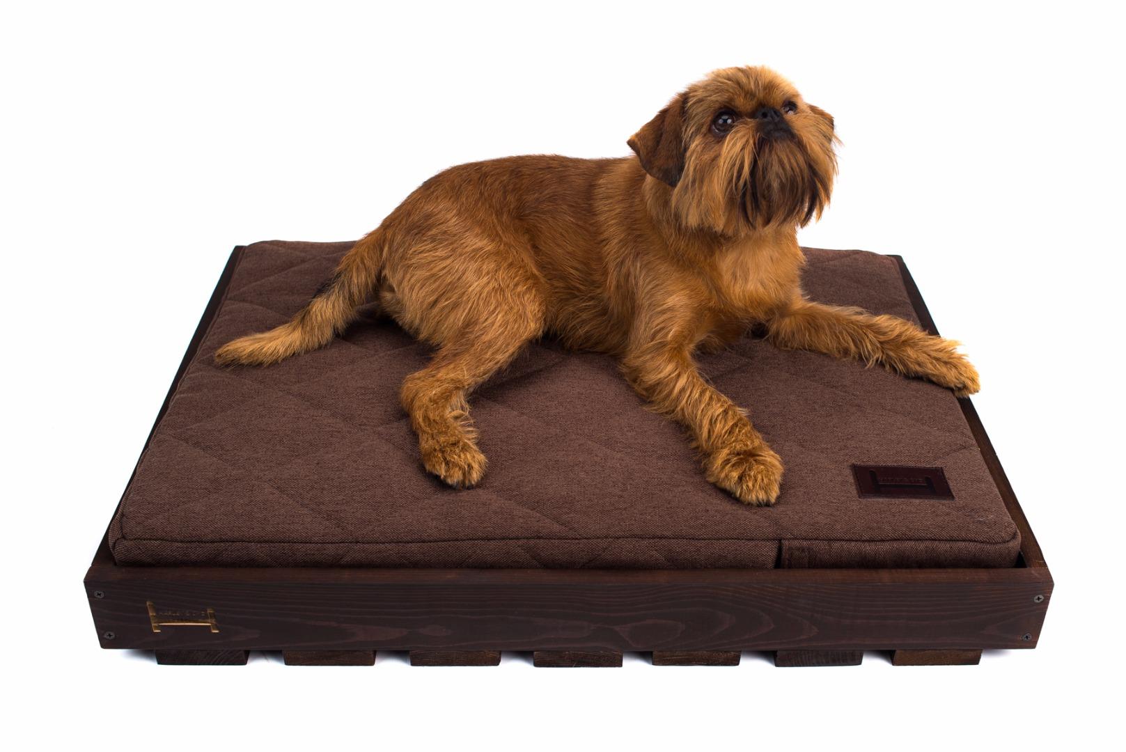 Домики для собак деревянные